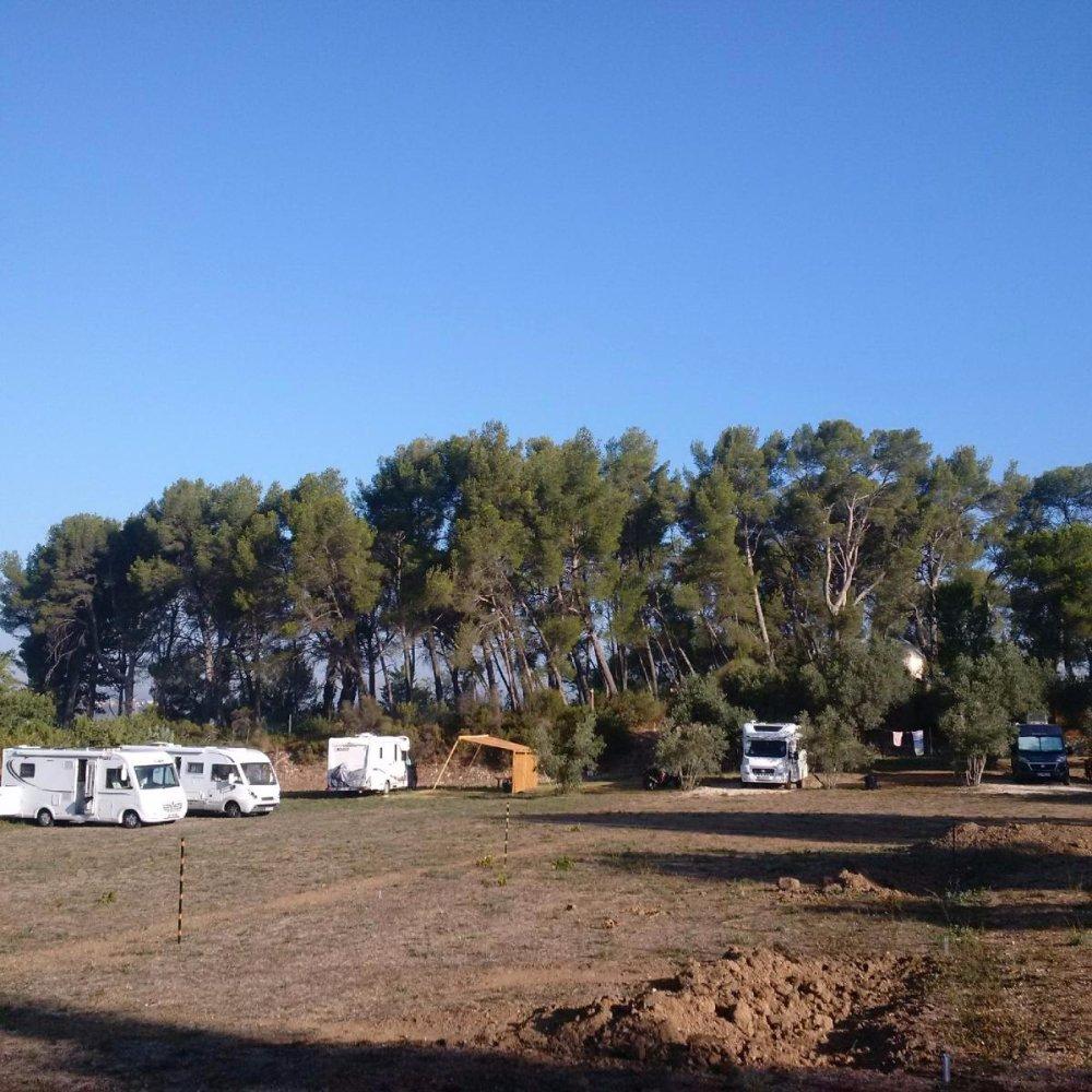 Aire camping-car à Aix-en-Provence (13080-13090-13100-13290-13540) - Photo 7